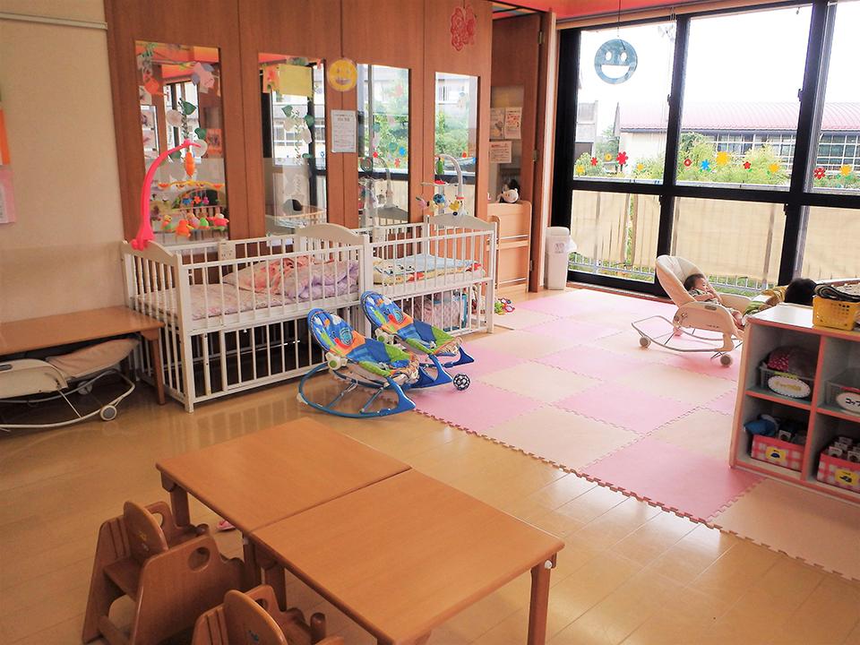2階保育室は、乳児クラスのお部屋があります。